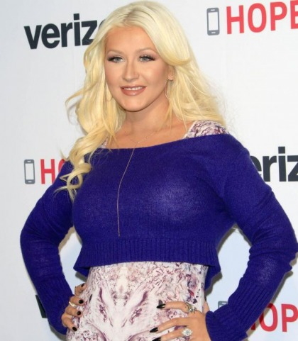 Christina Aguilera And Her Sweater Mounds!