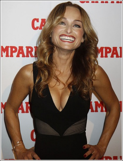 Giada De Laurentiis Busts Out Her Ginormous Cleavage