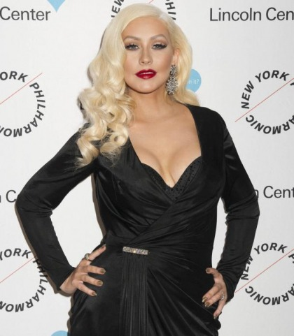 Christina Aguilera Is Busting Out Some MILF Curves