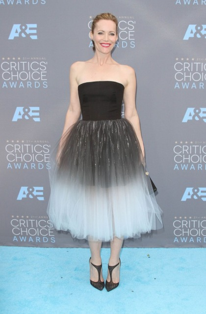 Leslie Mann in Monique Lhuillier at Critics' Choice: ballerina fug or gorgeous'