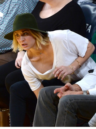 Kaley Cuoco With her Dad at Houston Rockets vs LA Lakers in LA