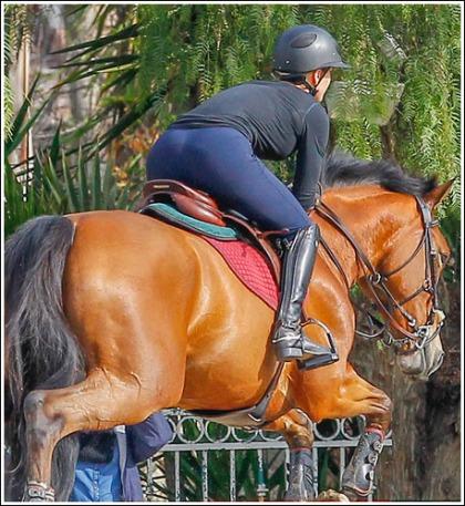 Kaley Cuoco Rides A Horse!