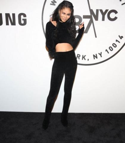 Chanel Iman's Sexy Midriff