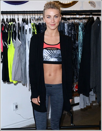 Julianne Hough Shows Off Her Sexy/Tight Abs