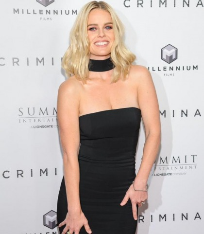 Alice Eve Because She Is Pretty