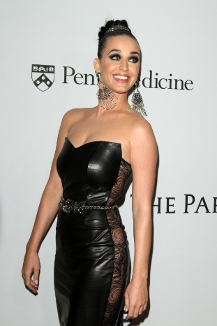 Katy Perry Cleavy at Parker Institute for Cancer Immunotherapy launch