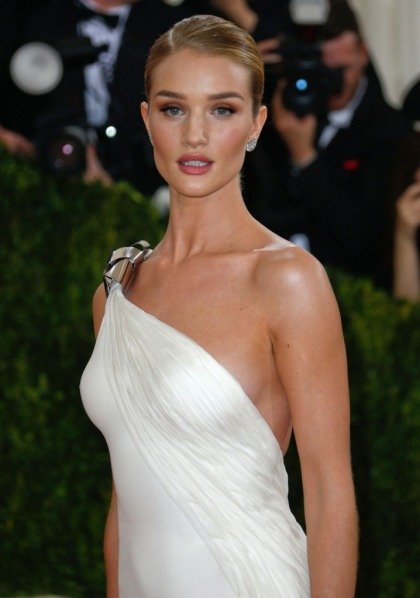 Rosie Huntington-Whiteley in Ralph Lauren at the Met Gala: on point or plain?