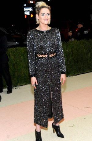 Kristen Stewart Shines at Met Costume Institute Gala 2016