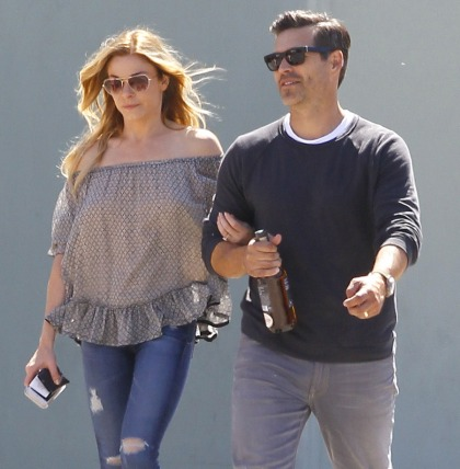 LeAnn Rimes made out with her BFF Lizzie Fradin for the paps: ugh or fine?