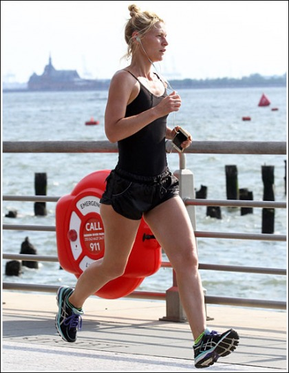 Claire Danes Goes On An Impressive Jog In Shorty Shorts