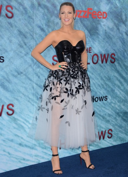 Blake Lively in Carolina Herrera at 'The Shallows' premiere: cute or meh'