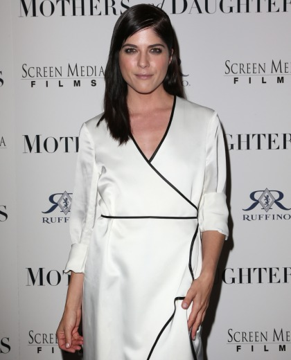 Selma Blair apologizes for her plane meltdown, says she 'blacked out'