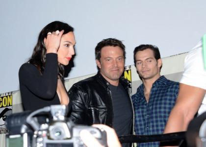 Ben Affleck surprises fans at Comic-Con, shows new 'Justice League' footage