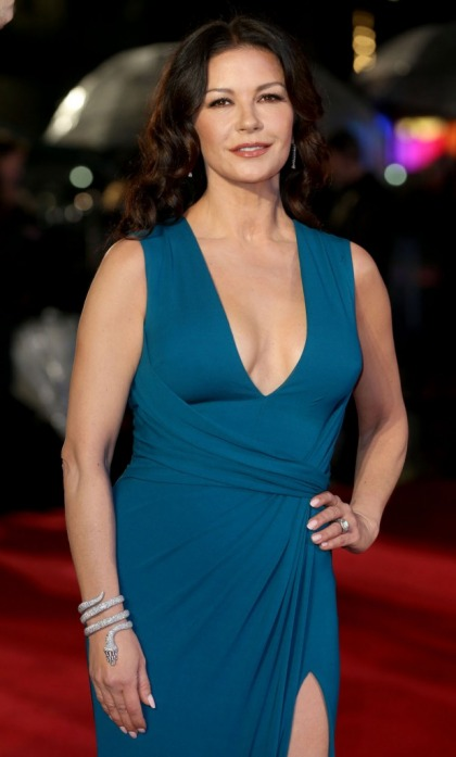 Catherine Zeta Jones to play Olivia de Havilland on Ryan Murphy's 'Feud'