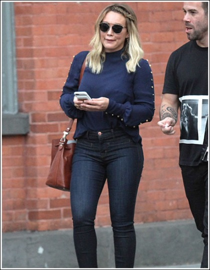 Hilary Duff Busts Out Her Groovy Thighs In Skin-Tight Jeans