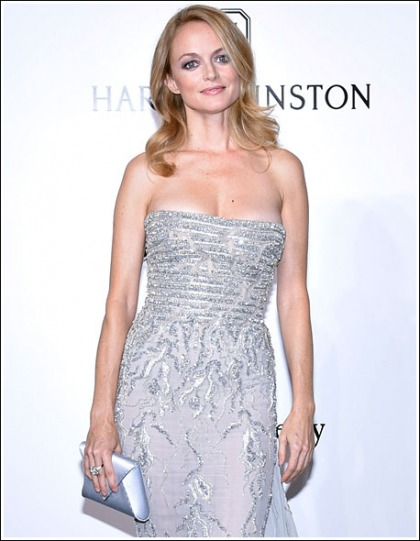 Heather Graham Returns And She's As Insanely Hot And Cleavagy As Ever!