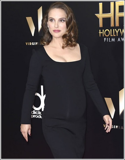 Pregnant Natalie Portman Busts Out Her Growing Cleavage!