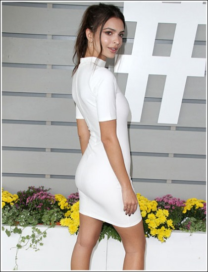 Emily Ratajkowski White Hot, And Busty, And Bootylicious, Oh My!