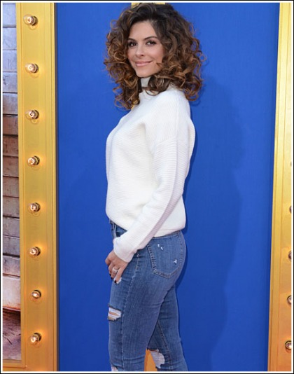 Maria Menounos Busts Out Her Bootylicious Booty Curves In Skin-Tight Jeans