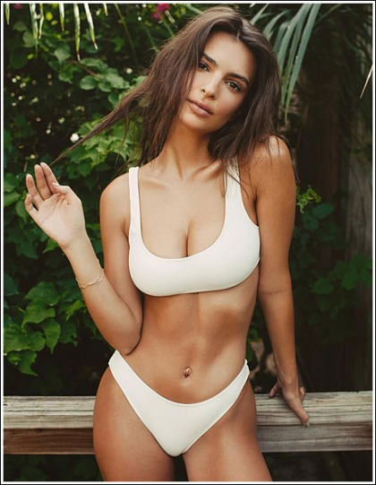 Emily Ratajkowski Busts Out Her Ridiculously Sexy/Perfect Super Cleavage In A Tiny Bikini!