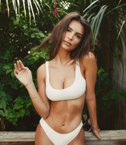 Emily Ratajkowski's Bikini Instagram Goodness