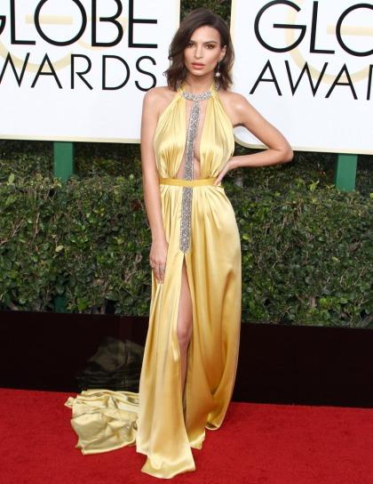 Emily Ratajkowski in Reem Acra at the Golden Globes: lovely or cheap?