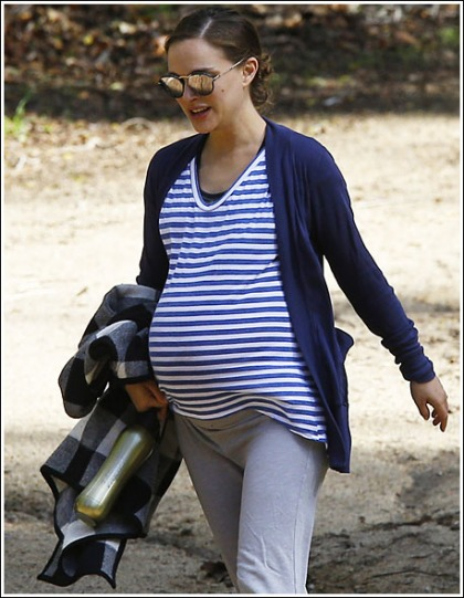 Super Pregnant Natalie Portman Busting Out From All Over The Place