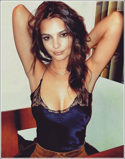 Emily Ratajkowski Busts Out Her Massive Super Cleavage