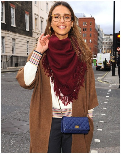Jessica Alba Rocks A Hot Nerdy Look