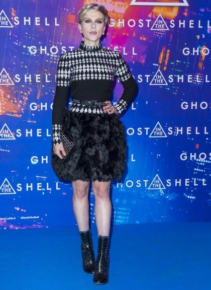 Scarlett Johansson in Azzedine Ala�a at Paris premiere: cute or unflattering?