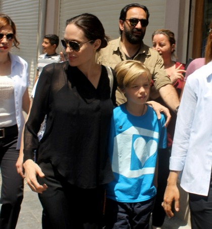 M?lady Angelina Jolie took Shiloh to the SoCal Renaissance Faire