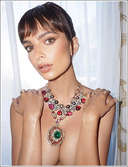 Emily Ratajkowski Barely Covering Her Massive Braless Cleavage' Yes Please!