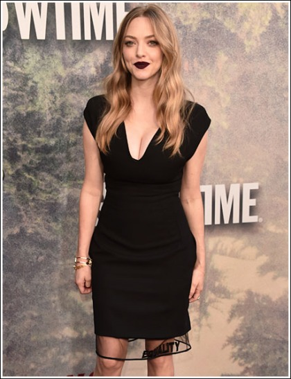 Amanda Seyfried Busting Out Her Huge 'New Mom' Cleavage At The Twin Peaks Premiere
