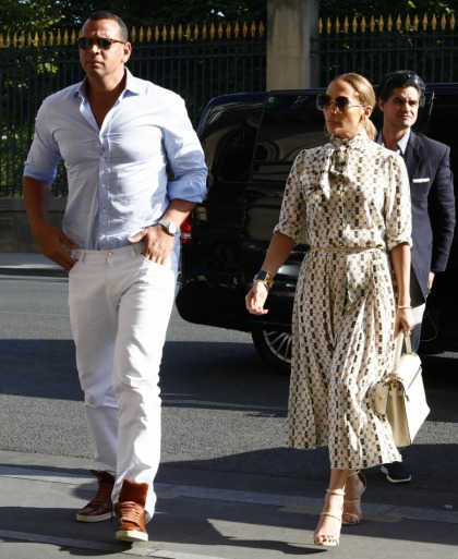 Jennifer Lopez & A-Rod took their love to the South of France & Paris