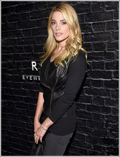 Ashley Greene Goes Blonde, Looks Even Hotter