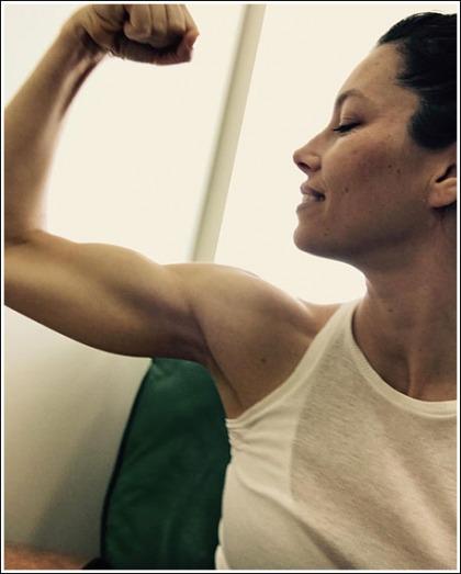 Jessica Biel Shows Off Her Impressive Guns