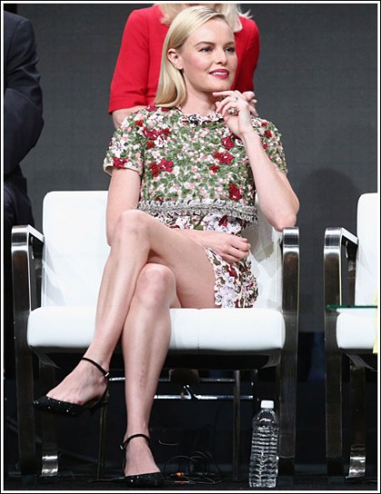 Kate Bosworth Puts On A Sexy Little Leg Show