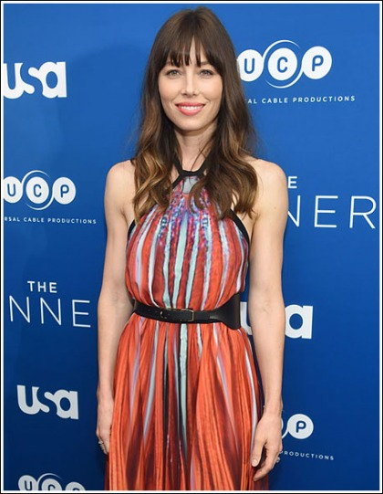 Jessica Biel Looking All Kinds Of Ridiculously Hot