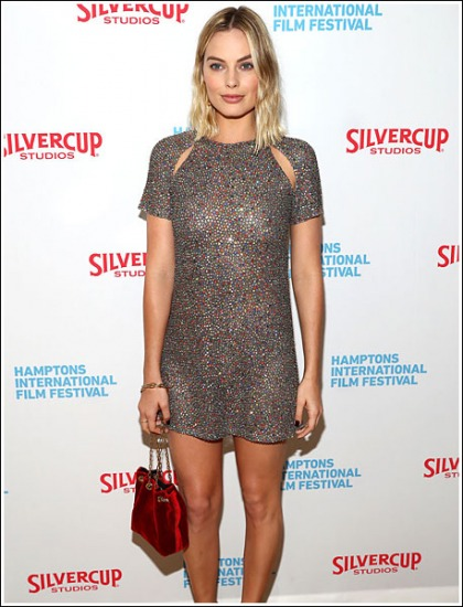 Margot Robbie Drool-Inducing To The Max In A Very Revealing Dress' WOW!