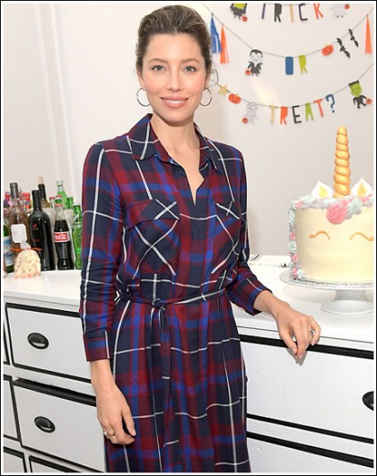 Jessica Biel Looking Like The Hottest Entrepreneur On The Planet