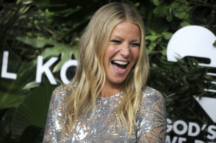 Gwyneth Paltrow & Brad Falchuk are engaged after four years together