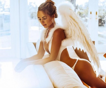 Kimberley Garner Should Be The Next Victoria's Secret Model