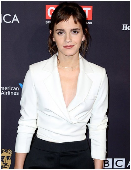 Emma Watson Flashes Her Sexy Braless Chest!