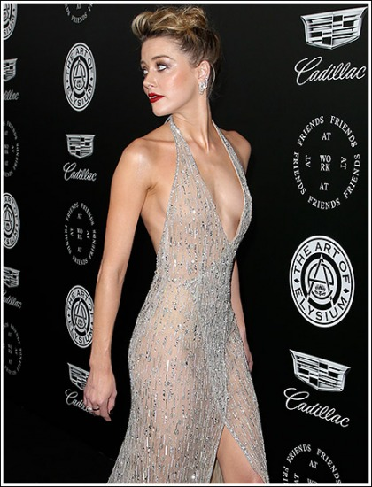 Amber Heard Drops Some Drool-Inducing Braless Cleavage And Booty Action!