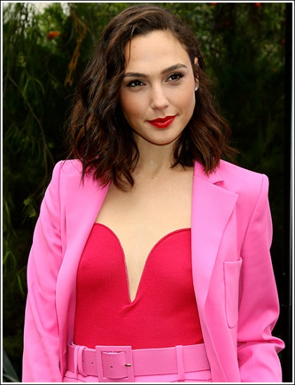 Gal Gadot Pretty In Pink And Perky In Red, Oh My!