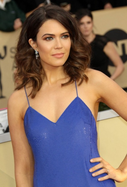 Mandy Moore in Ralph Lauren at the SAG Awards: perfect or poorly cut?