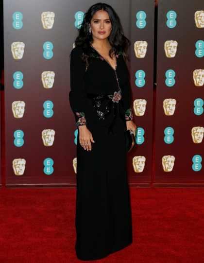 Salma Hayek in Gucci at the 2018 BAFTAs: stunning & thankfully back to brunette