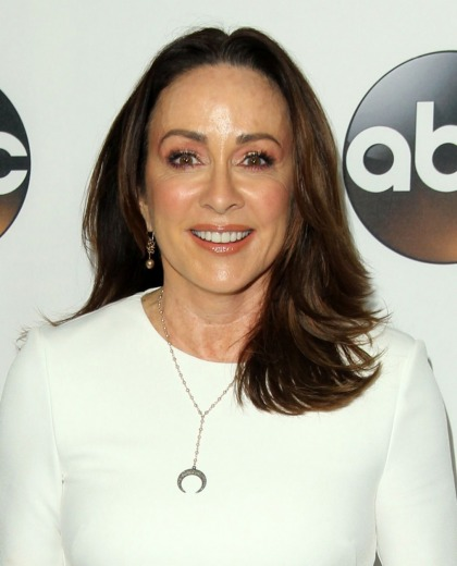 Patricia Heaton has 'really pulled away from politics,' is focusing on charity instead