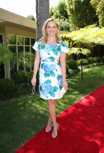 Reese Witherspoon is in talks to star in Legally Blonde 3