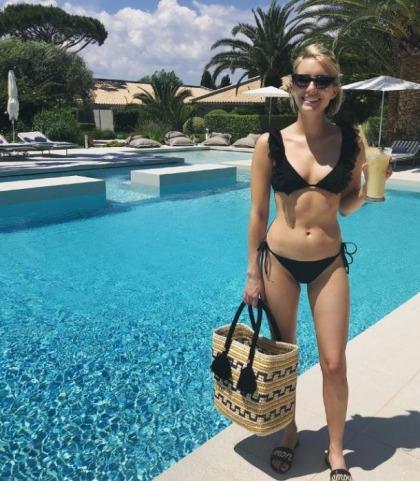 Emma Roberts' Bikini Goodness